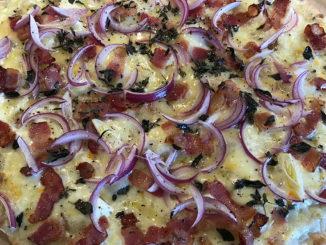 Tarte Flambée -Vit pizza från Alsace på mitt sätt