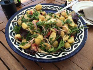Torbjörns franska potatissallad med senapsvinägrett