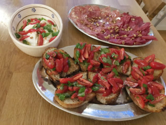 bruschetta-bresaola-caprese