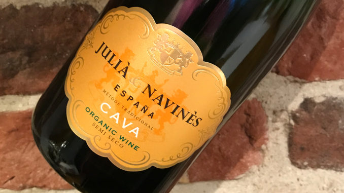 Julià & Navinès -Ekologisk halvsöt Cava