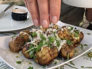 Grillad parmesanpotatis i Jonas Alströmers fotspår
