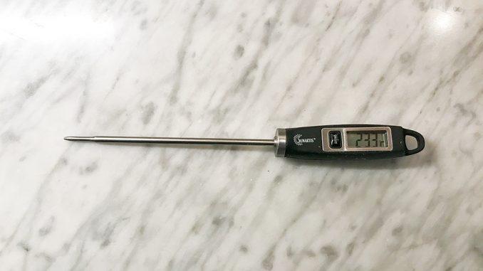 Modern digital termometer